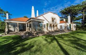 Property for sale in Cascais. Unique house on the beach in Cascais