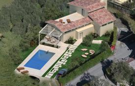 Residential for sale in Manerba del Garda. Detached house with a lake view in Manerba del Garda