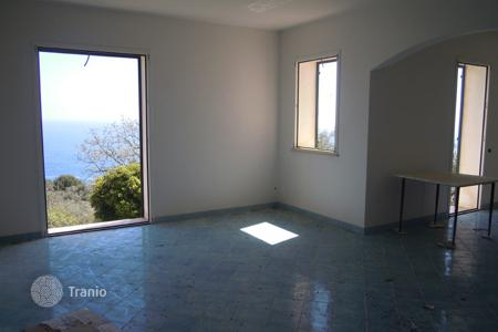 2 bedroom off-plan houses for sale in Europe. House under construction with a garden and a sea view, Tricase, Italy