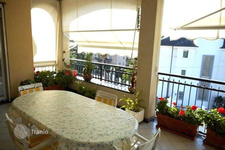 5 bedroom apartments for sale in Italy. Two-level apartment with a terrace, a balcony and a fireplace, in a prestigious ditrict of San Remo, Italy