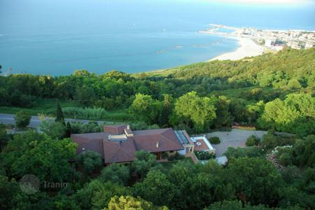 Residential for sale in Pesaro. Villa – Pesaro, Marche, Italy