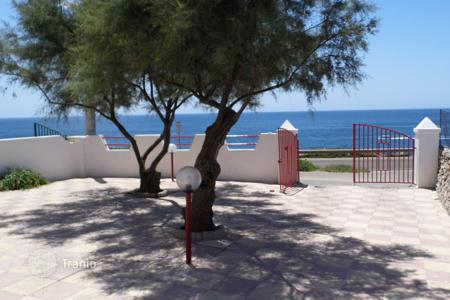 Apartments for sale in Apulia. Deal, For Sale, Beachfront Villa, + garden, location SANTA MARIA DI LEUCA