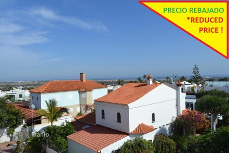 4 bedroom houses for sale in Gran Canaria. Beautiful chalet in Sonneland
