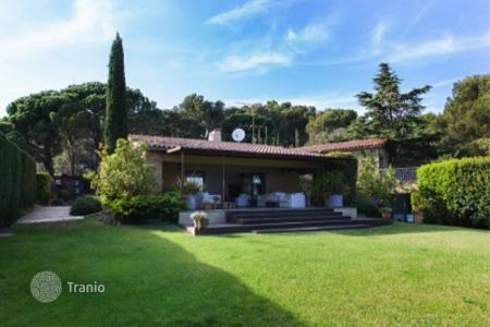 Luxury property for sale in Costa del Maresme. Villa - Sant Andreu de Llavaneres, Catalonia, Spain