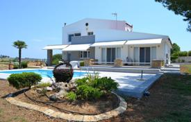Houses with pools for sale in Administration of Macedonia and Thrace. Villa – Sane, Administration of Macedonia and Thrace, Greece