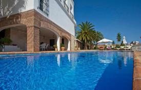 Spacious villa with a private garden, an outdoor pool, a garage and a terrace, Fuengirola, Spain for 5,200,000 €