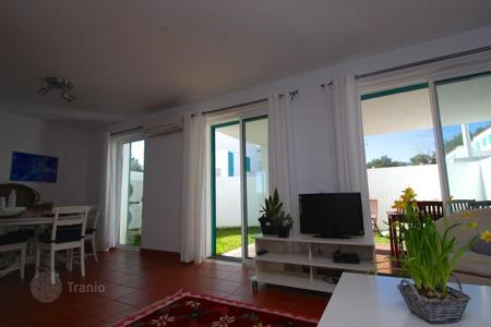 Houses for sale in Alvor. Villa – Alvor, Faro, Portugal
