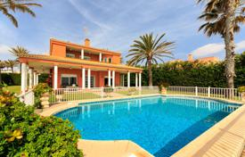 Seafront villa with a guest house, a swimming pool, a garden and a garage, Cabo Roig, Spain for 2,750,000 €