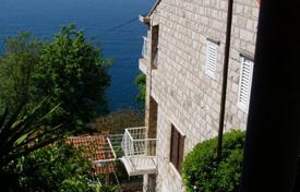 Property for sale in Dubrovnik Neretva County. Three-storey villa with a garage, a terrace and a sea view, Dubrovnik, Croatia