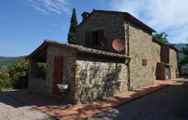 Property for sale in Arezzo. Ancient stone villa with a large plot, Cortona, Tuscany, Italy