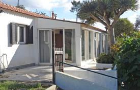 Property for sale in Monchique. Cosy 2 Bedroom Country Cottage near to towns of Monchique and Portimão, West Algarve