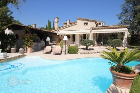 Cheap residential for sale in Vence. Vence — Charming Provencal villa