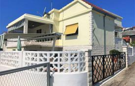 Coastal houses for sale in Rogoznica. Furnished villa with a plot, a parking, a barbecue and a terrace, Rogoznica, Croatia