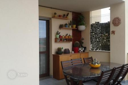 Apartments for sale in Montesilvano. Top floor apartment in Montesilvano