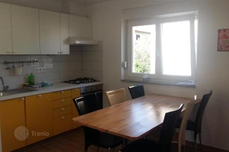 Residential for sale in Pomer. Apartment APARTMENT ON THE GROUND FLOOR
