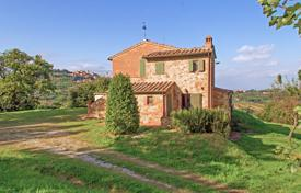Property for sale in Montepulciano. Villa in Siena, Italy