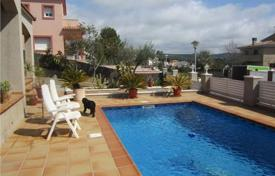 4 bedroom houses by the sea for sale in Calafell. Villa – Calafell, Catalonia, Spain