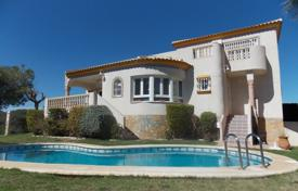 Houses with pools for sale in Altea. Two-level villa with terraces and a garage, close to the golf course, Las Ramblas, Spain