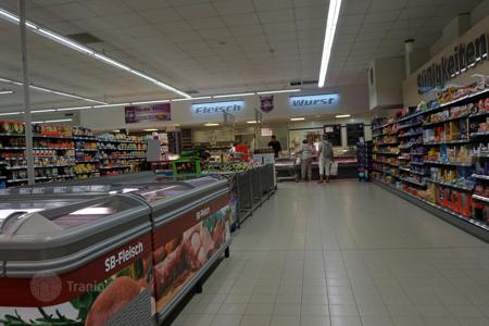 Retail property (street retail) for sale in Germany. Shop – Chemnitz, Saxony, Germany