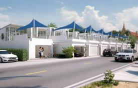 Off-plan houses for sale overseas. Comfortable townhouse opposite the beach Bangsaray