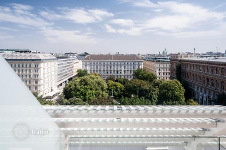 Luxury 4 bedroom apartments for sale in Vienna. Penthouse LUX class in the prestigious Vienna