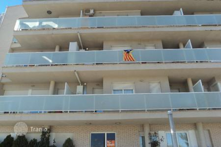 Cheap property for sale in Alcarràs. Apartment – Alcarràs, Catalonia, Spain