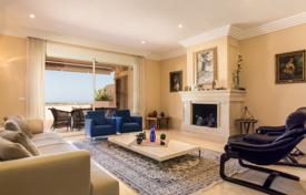 3 bedroom houses for sale in Andalusia. Elegant Luxurious Duplex Penthouse, Albatross Hill Club, Nueva Andalucia, Marbella