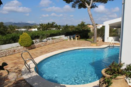 Chalets for rent in Spain. Chalet – Majorca (Mallorca), Balearic Islands, Spain