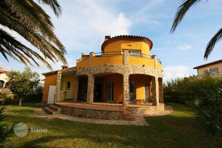 Residential for sale in Torroella de Fluvià. Villa – Torroella de Fluvià, Catalonia, Spain