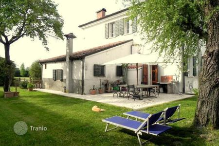 Luxury property for sale in Lombardy. Ancient HUNTING LODGE — 28 KM from LAKE OF GARDA