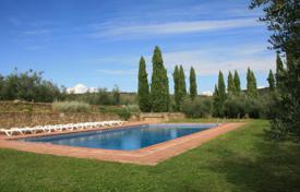 Luxury houses with pools for sale in Tuscany. Villa – Pergine Valdarno, Tuscany, Italy