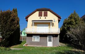 5 bedroom houses for sale in Hungary. house near Hévíz, overlooking the city
