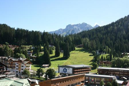 Apartments for sale in Trentino - Alto Adige. Apartment – Madonna di Campiglio, Trentino - Alto Adige, Italy
