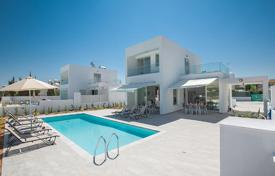 5 bedroom houses for sale in Protaras. Five Bedroom House with Swimming Pool in Protaras