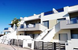 Cheap apartments for sale in Pilar de la Horadada. 2 bedroom apartment with solarium in Pilar de la Horadada