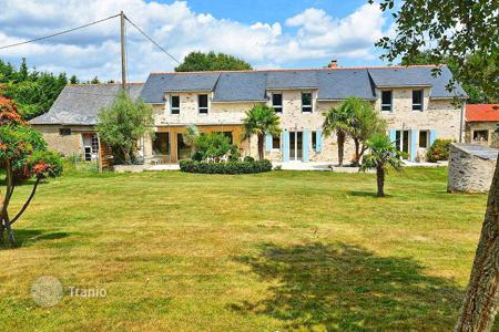 Property for sale in Pays de la Loire. Agricultural – Pays de la Loire, France