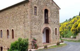 Property for sale in Volterra. Ancient stone villa in Volterra, Tuscany, Italy