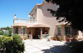 3 bedroom houses for sale in Sicily. Villa on the splendid scenery that turns to the beaches of San Leone, Agrigento