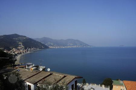 Luxury residential for sale in Savona. Villa – Savona, Liguria, Italy