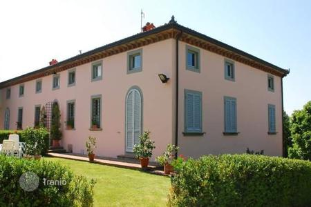 Luxury 6 bedroom houses for sale in Capannori. Villa – Capannori, Tuscany, Italy