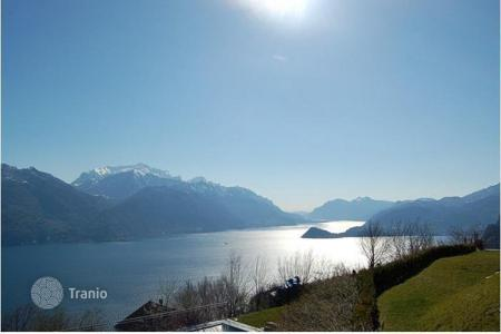 Cheap apartments for sale in Lombardy. Apartment – Lake Como, Lombardy, Italy