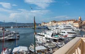 1 bedroom apartments for sale in Saint-Tropez. Saint Tropez — Center — Apartment with sea view