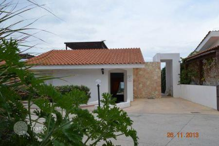 Coastal chalets for sale in Kissonerga. 2 Bedroom Bungalow (Beachfront property), Kissonerga