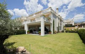 Luxury townhouses for sale in Andalusia. Town House for sale in Sierra Blanca, Marbella Golden Mile