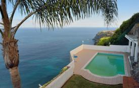 Houses with pools for sale in Tenerife. Villa – Santa Cruz de Tenerife, Canary Islands, Spain