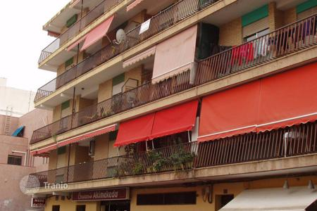 Foreclosed 4 bedroom apartments for sale in Costa Blanca. Apartment – Villajoyosa, Valencia, Spain