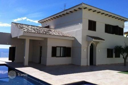 Luxury chalets for sale in Valencia. Detached Villa — Campello (El)