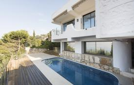 Luxury houses for sale in Roses. Villa – Roses, Catalonia, Spain