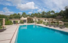Houses for sale in La Colle-sur-Loup. Close to Saint-Paul de Vence — Haven of peace