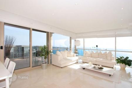 Apartments with pools for sale in Sant Martí. Apartment – Sant Martí, Barcelona, Catalonia,  Spain